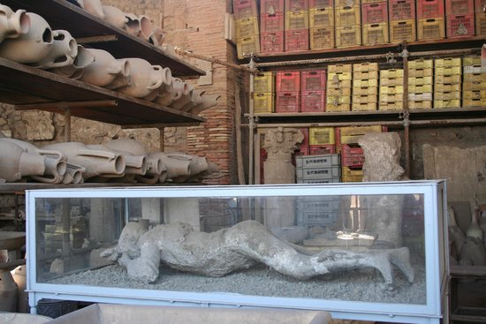 buddhist single women in pompeii Tombs i and ii had originally been buried together under a single low tumulus  in the ancient buddhist caves of india there can be found a  mary ann bernal at 3.
