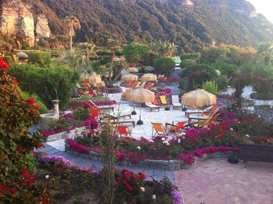 Bagno Giapponese Terme Ischia : La piscina ischia foto di giardini poseidon terme forio tripadvisor