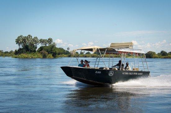 Livingstone's Adventure - Victoria Falls River Safaris