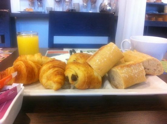 Hotel Novotel Le Mans : Breakfast