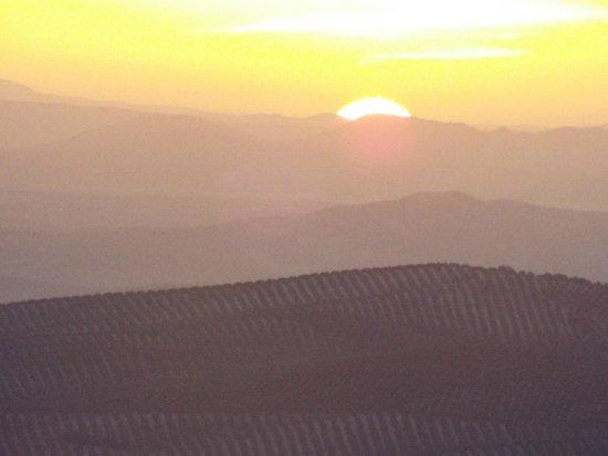Casa Rural La Calerilla: sunset