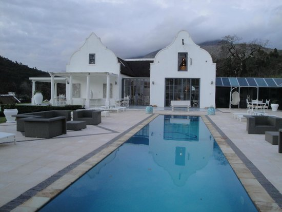 Grand Dedale Country House: La piscina