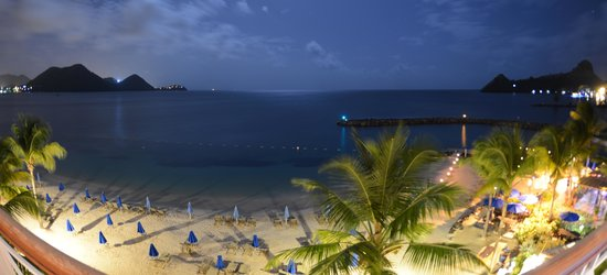 The Landings St. Lucia : Beach Villa view at night