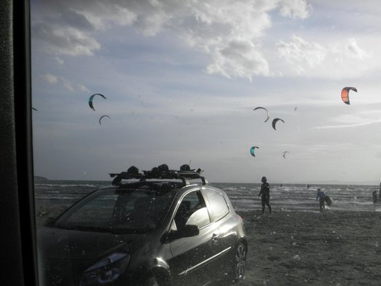 Schinias Beach : our kiteboarding spot