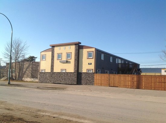 Gillam, Canada: 223 Railway Avenue Exterior Elevation
