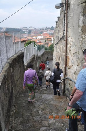 Porto Free Walking Tour: Hilly Porto-Escadas do Barredo