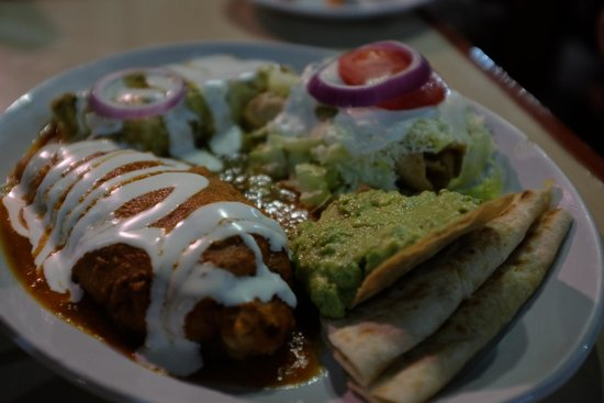 Don Cafeto Mar Caribe : Mexican platter