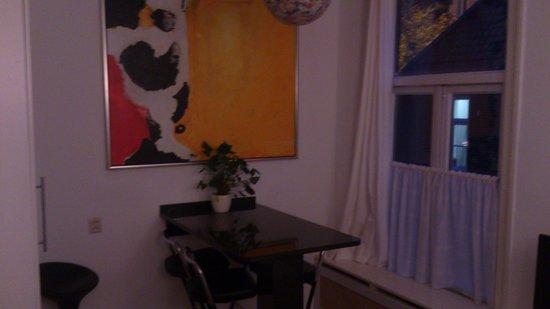 Onder de Peperbus : Art on wall