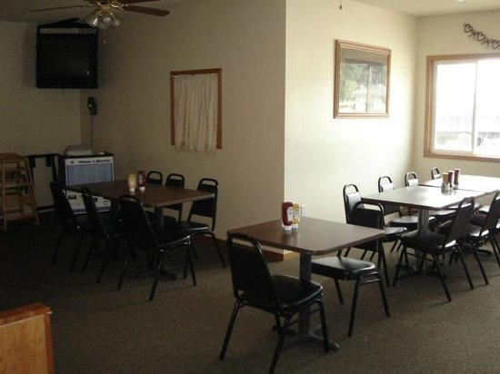 West Liberty, IA: Our seperate dining area
