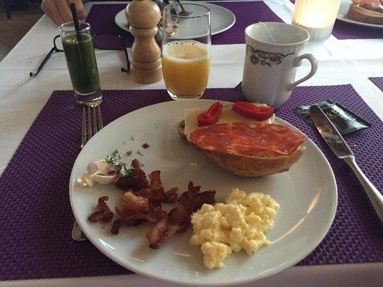 Sastaholm Hotell & Konferens: Breakfast