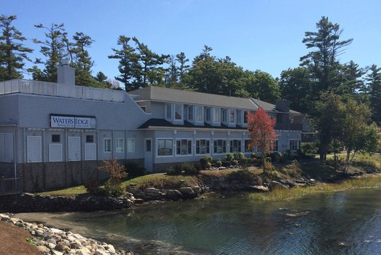 Sheepscot Harbour Village Resort & Spa: Water's Edge Banquet and Function Facility