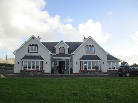 Loughrask Lodge Bed and Breakfast : loughrask lodge