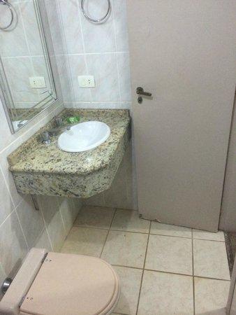 Hotel Cassino Iguassu Falls: Banheiro