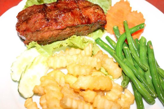 Mr Grill Restaurant: Grilled Locak Steak with French Fries