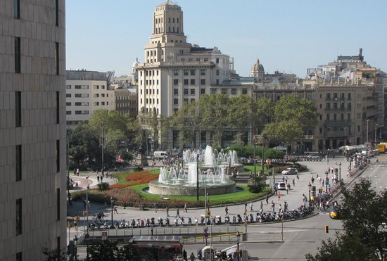 Catalonia Square: View of Plaça Catalunya from our room
