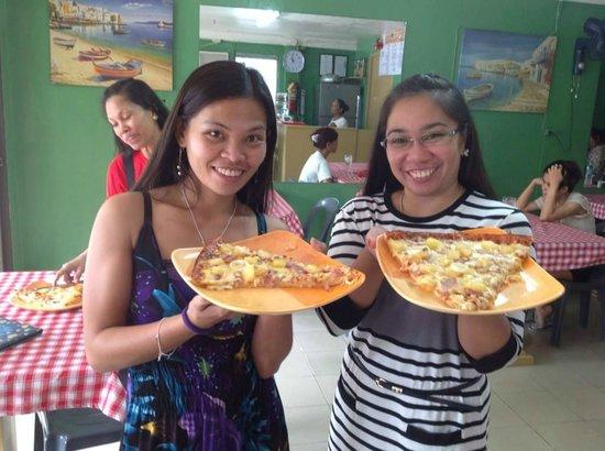 Mario's Pizza Station: Hawaiian Pizza