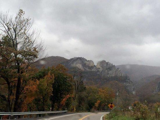 Breath of Heaven Bed and Breakfast: Seneca Rocks view