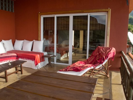 Mon Choix Ecolodge: The terrace by day