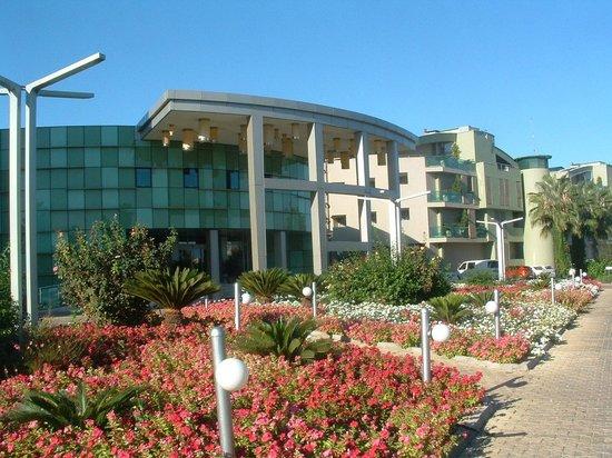 VONRESORT Golden Coast: Ingang Hotel