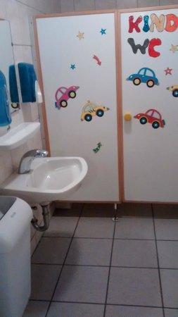 Gasthaus Zum Heidemuseum: Kindertoilette