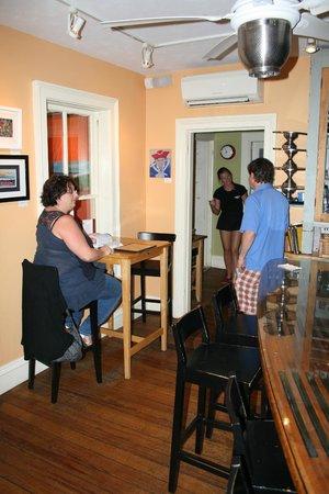Pizzetta: giovani camerieri