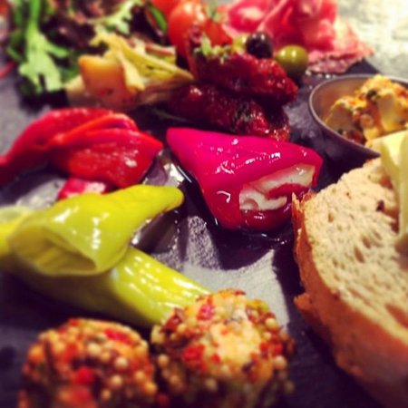 Dunstable Arms: Anti Pasti Starter to Share