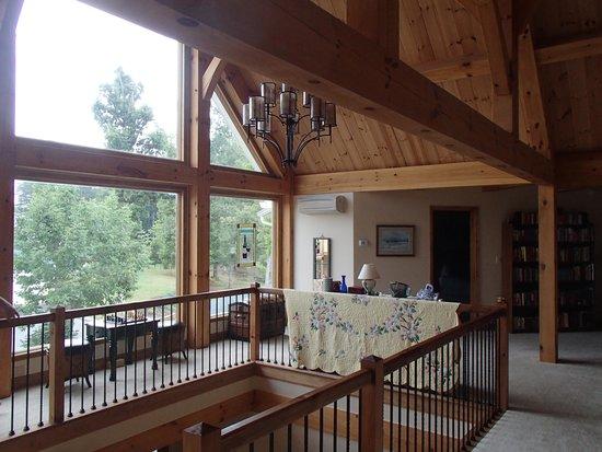 Bedford Landings Bed & Breakfast, LLC: Beautiful architecture!