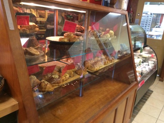 Red Hen Baking Co.: Yummy treats