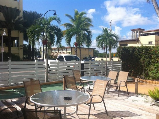 Ocean Drive Villas, LLC: Outside area
