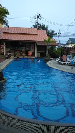 Narawan Hotel Hua Hin: Swimming pool