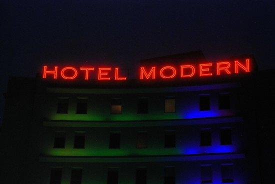 The Hotel Modern: Hotel Modern