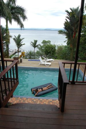 Bambuda Lodge : Waterfront, with Pool and a View!