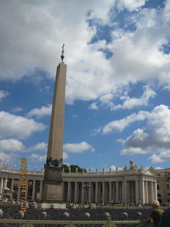 BBRome4U: Monument at Vatican