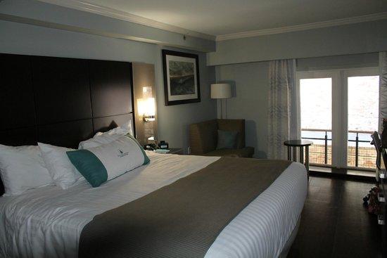 gorgeous room picture of cotton sail hotel savannah. Black Bedroom Furniture Sets. Home Design Ideas
