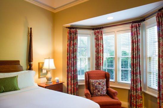 Adairsville, جورجيا: Garden Suite Bedroom