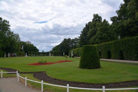 Kurfürstliches Palais : Парк