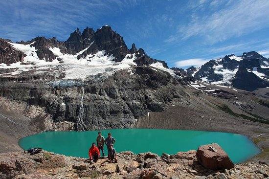 Senderos patagonia day adventures villa cerro castillo for Hotel cerro castillo