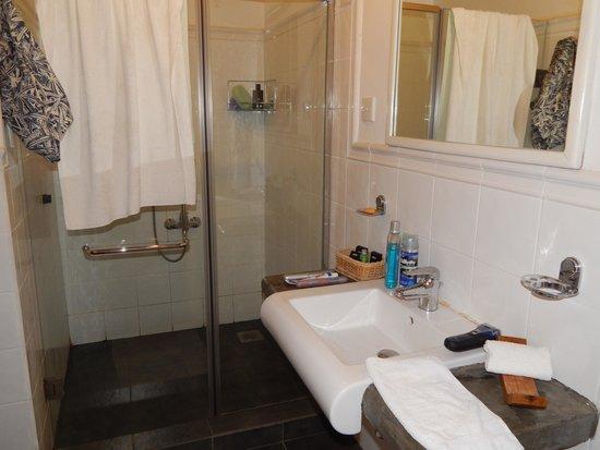 Kalu's Hideaway: Bathroom