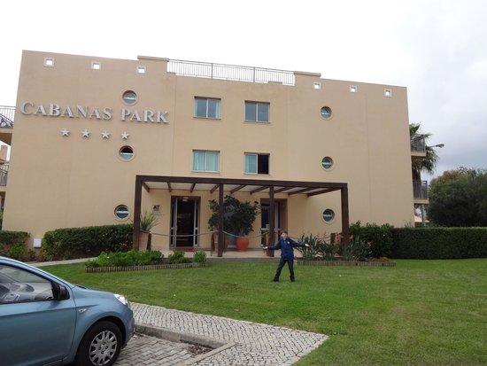 Cabanas Resort Park: front of hotel