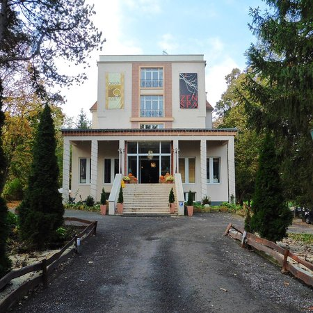 Oxigén Hotel: The entrance