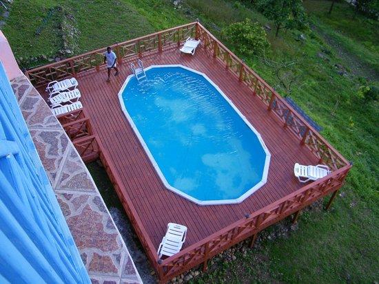 Calabash Mountain Villa: CMV Swimming Pool