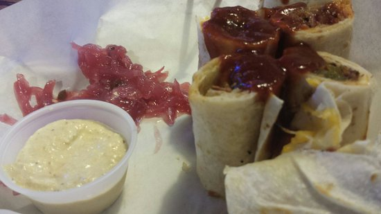 Rooster's Roadhouse: Redneck sushi