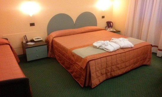Hotel Vittoria: STANZA!