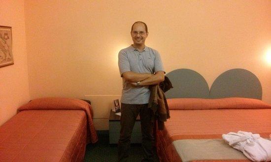 Hotel Vittoria: MAX DI WIKITALIA.NET E LA STANZA