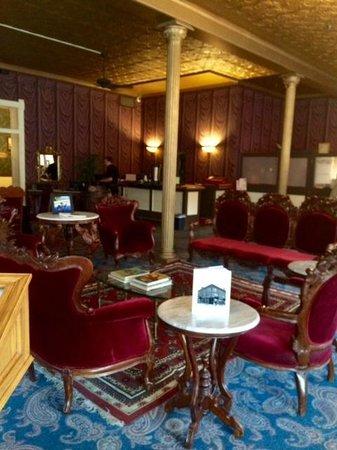 Water Street Inn: Lobby