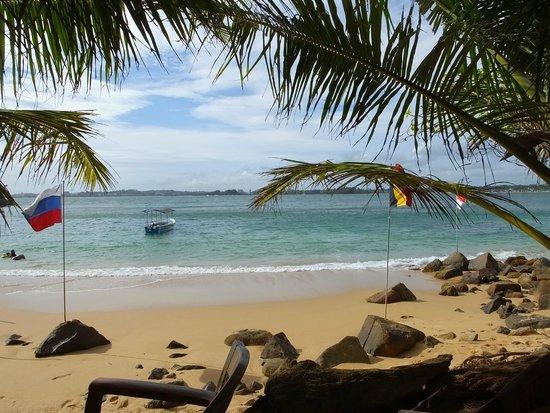 Unawatuna, Sri Lanka: Beach View..!