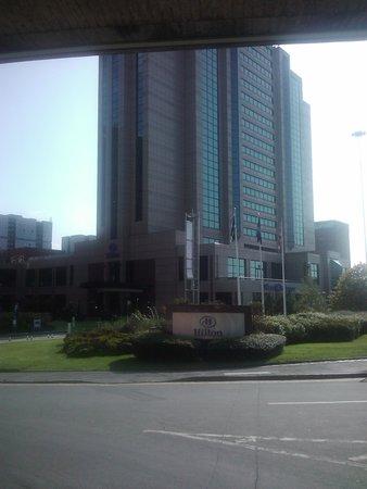 Hilton Glasgow: Main entrance