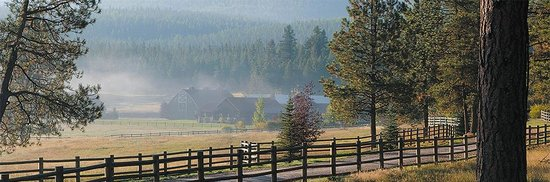 Greenough, MT: The Resort at Paws Up - Cook Shack in the mist