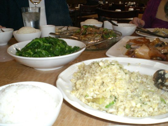 East Pearl Restaurant: Beef Chow Foon, Spinach Dish, Fried Rice & Roast Duck