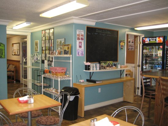 Nostalgia House Bakery and Deli: Inside is not fancy, but kinda cute